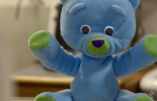huggable-robotic-bear-inside-tech-help-children