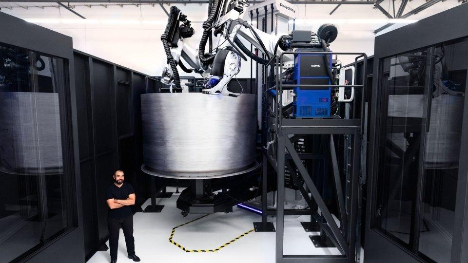 robot-3d-printing-entire-rocket