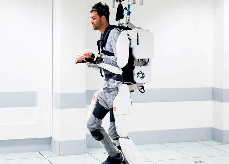 thibault-exoskeleton-suit-robot-walk-again