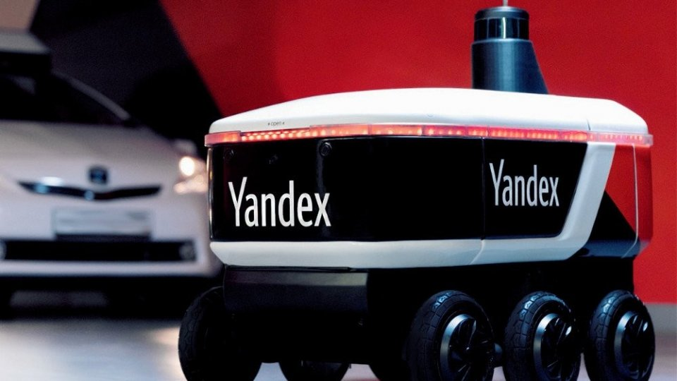 yandex-robot-delivery-robot