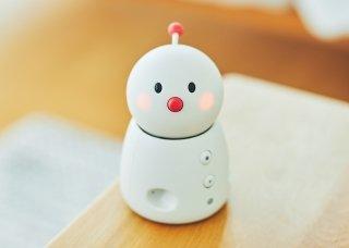 snowman-robot-bocco-emo-cute-robot-ces2020