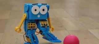 marty-the-robot-cc-university-of-Edinburgh