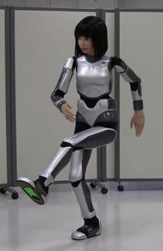 miim-robot-kick