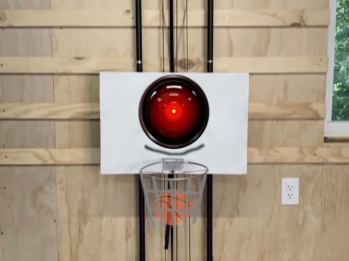 never-miss-basketball-robot